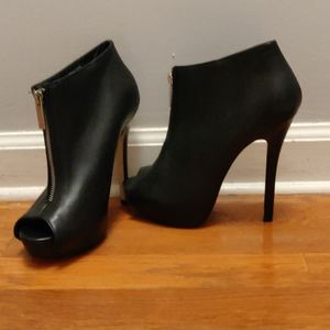 ALDO peep toe boots size 6.5